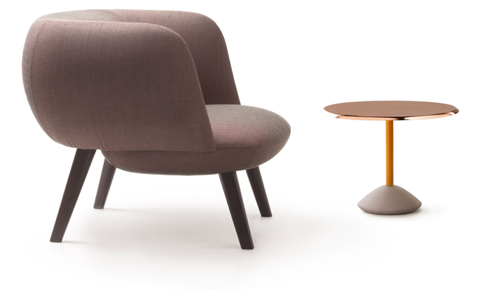 Betty-loungechair-brown-leather-+-table_maxdesign