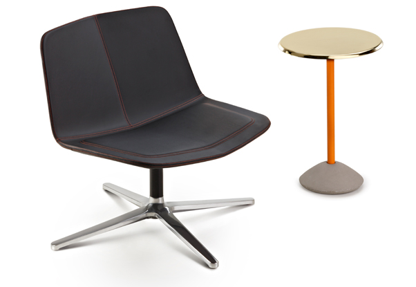 Stratos-Lounge-L-black-+-Betty-table_maxdesign